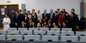 Accoglienza dei 30 medici cinesi nell'aula magna della Facoltà di Medicina